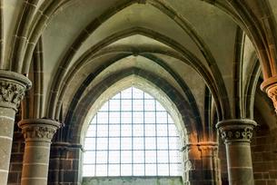 モンサンミッシェル修道院騎士の部屋 の写真素材 [FYI01709469]