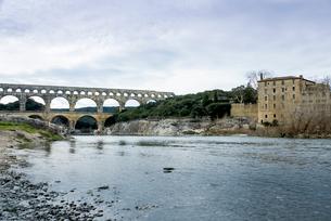 水道橋ポン・デュ・ガールの写真素材 [FYI01709517]