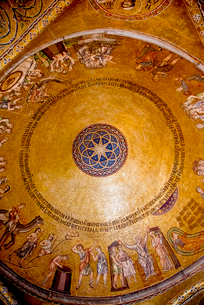 サンマルコ聖堂クーポラのモザイク画の写真素材 [FYI01709840]