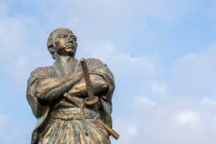 風頭公園の坂本龍馬像の写真素材 [FYI01709918]