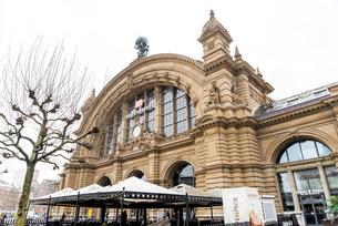 フランクフルト中央駅の写真素材 [FYI01710066]