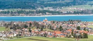 ノイシュヴァンシュタイン城から見る風景の写真素材 [FYI01710249]