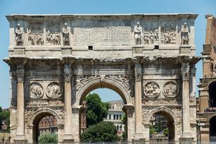 コンスタンティヌスの凱旋門の写真素材 [FYI01710479]