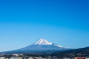 青空と富士山の写真素材 [FYI01710495]