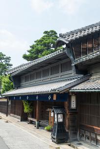 卯建つのある旧東海道有松の服部家住宅の写真素材 [FYI01710618]
