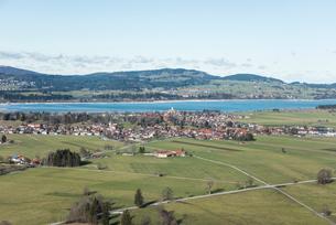ノイシュヴァンシュタイン城から見る風景の写真素材 [FYI01710628]