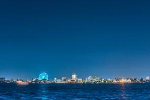名古屋港の夜景の写真素材 [FYI01710973]