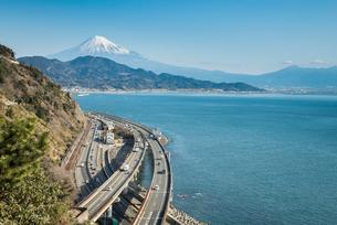 薩た峠より駿河湾と富士山を望むの写真素材 [FYI01711089]