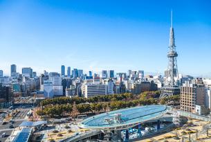 名古屋テレビ塔とオアシス21の写真素材 [FYI01711280]