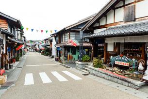 岩村本通り西町商店街の写真素材 [FYI01712246]