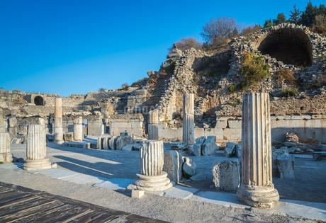 エフェソス遺跡風景の写真素材 [FYI01712440]