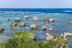 東平安名崎から東シナ海を望むの写真素材 [FYI01712588]