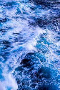 航跡波の写真素材 [FYI01712643]