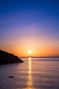 地中海の日の出の写真素材 [FYI01712649]