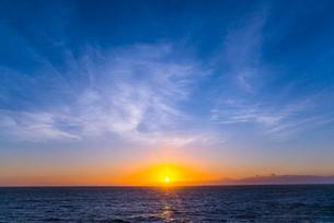 地中海の日の出の写真素材 [FYI01713009]