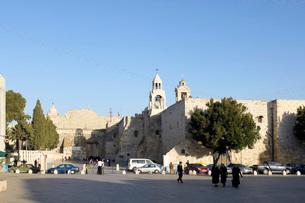 パレスチナ ベツレヘムの聖誕教会全景の写真素材 [FYI01713279]
