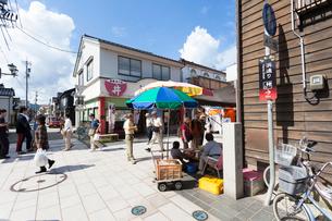 石川、輪島朝市と風呂屋小路の写真素材 [FYI01715459]