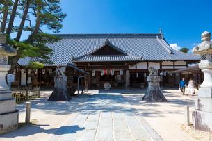 宮島 大願寺 境内の写真素材 [FYI01716384]