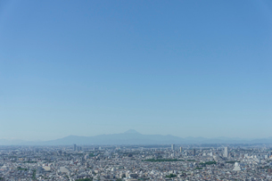 恵比寿から富士を仰ぐの写真素材 [FYI01716871]