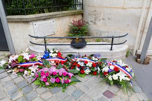 第二次世界大戦、犠牲者への献花の写真素材 [FYI01717800]