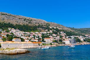 ドブロブニク、旧港から望むアドリア海の写真素材 [FYI01717832]
