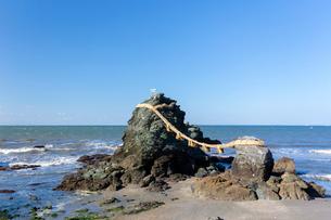 伊勢 夫婦岩の写真素材 [FYI01717852]