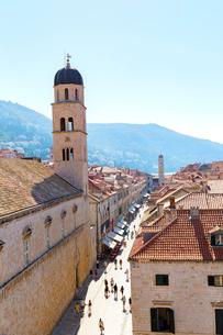 城壁から望むプラツァ通りの写真素材 [FYI01718320]