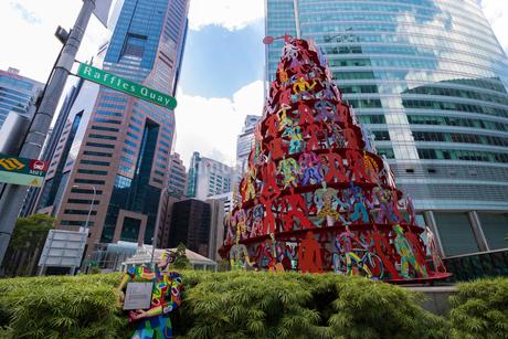 Singapore Momentum Sculptureの写真素材 [FYI01718734]