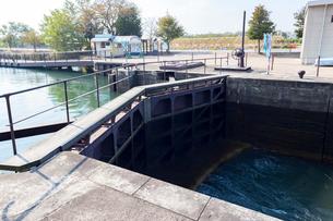 中島閘門(こうもん),水のエレベーターの写真素材 [FYI01718764]