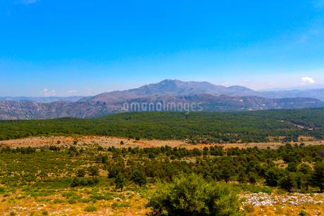 スルジ山から望むクロアチアの山々の写真素材 [FYI01718935]