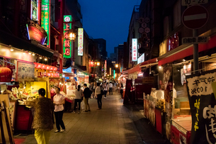 神戸 中華街の写真素材 [FYI01719052]