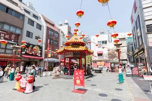 神戸 南京町広場の写真素材 [FYI01719121]