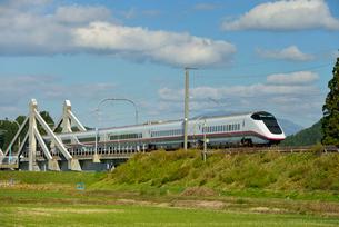 秋田新幹線E3系の写真素材 [FYI01719632]