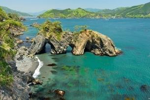 碁石海岸、穴通磯の写真素材 [FYI01720474]