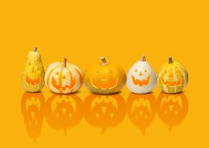 ハロウィンのかぼちゃのおばけの写真素材 [FYI01720879]