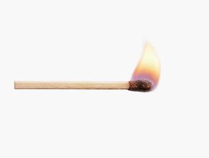 マッチの炎の写真素材 [FYI01721058]