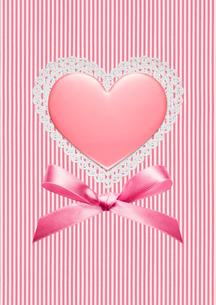 ハートのバレンタインチョコの写真素材 [FYI01724955]