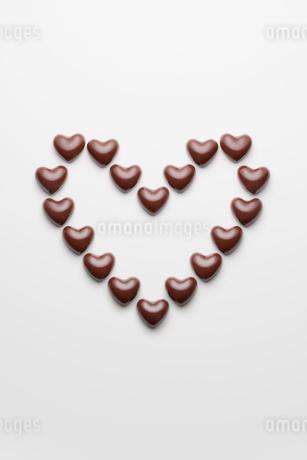 ハートのチョコレートの写真素材 [FYI01725002]
