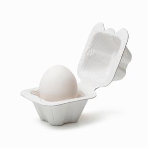 パックに入った卵の写真素材 [FYI01725090]