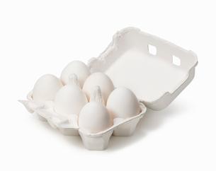 パックに入った卵の写真素材 [FYI01725290]
