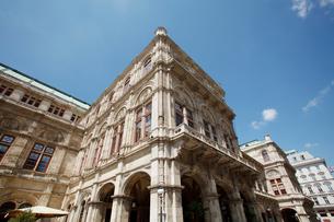 ウィーンの国立オペラ座 オーストリアの写真素材 [FYI01725449]