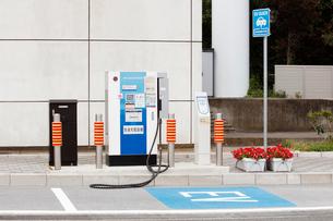 電気自動車用の急速充電設備の写真素材 [FYI01725599]