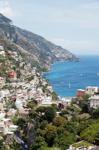 ポジターノとアマルフィ海岸 イタリアの写真素材 [FYI01725882]