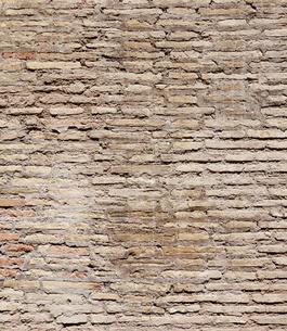 コロッセオの壁 ローマ イタリアの写真素材 [FYI01726550]