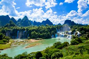 南寧の徳天滝の写真素材 [FYI01726979]