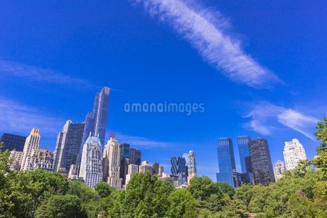 セントラルパークとビル街の写真素材 [FYI01730104]