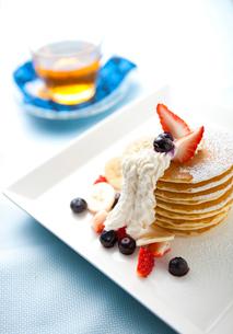 ハワイアンパンケーキの写真素材 [FYI01733071]