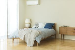 ベッドルームの写真素材 [FYI01733389]
