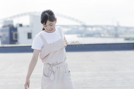 笑顔の女の子の写真素材 [FYI01733625]