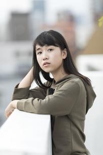 日本人10代の女の子の写真素材 [FYI01733767]